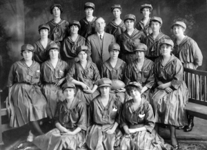 hoto Credit: State Library of Western Australia pictorial collection (004998D), Foy and Gibson women's football team, 1917